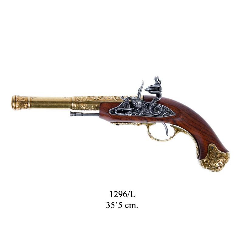 Tříhlavňová pistole.